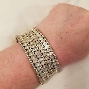 Gold stretchy bracelet